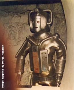 Revenge Cyberman with The Face Of Evil mountain sculpt to rear